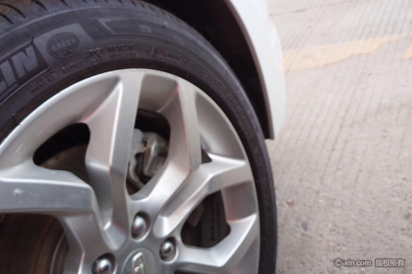 吉利汽车 博瑞 2015款 3.5 自动 旗舰型