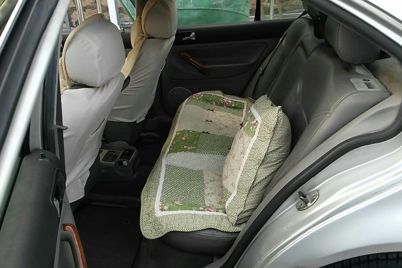 宝来后排坐垫安装图解