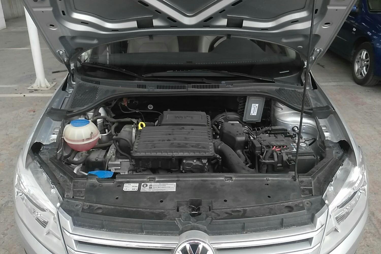 桑塔纳2017款发动机