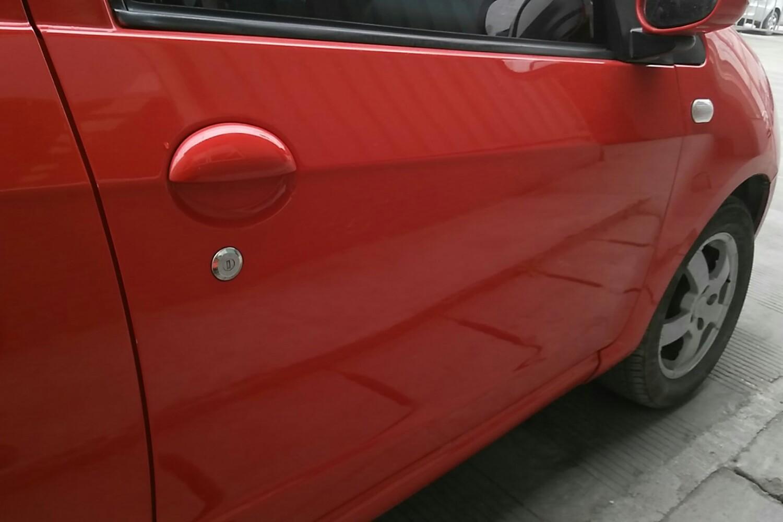 【成都】吉利汽车 熊猫 2011款 1.3 手动 舒适型Ⅱ( 红色 )