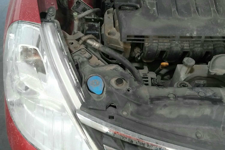6 自动 ge智能型( 红色 )  渗油 发动机舱 发动机舱 车架号 拆卸脱漆