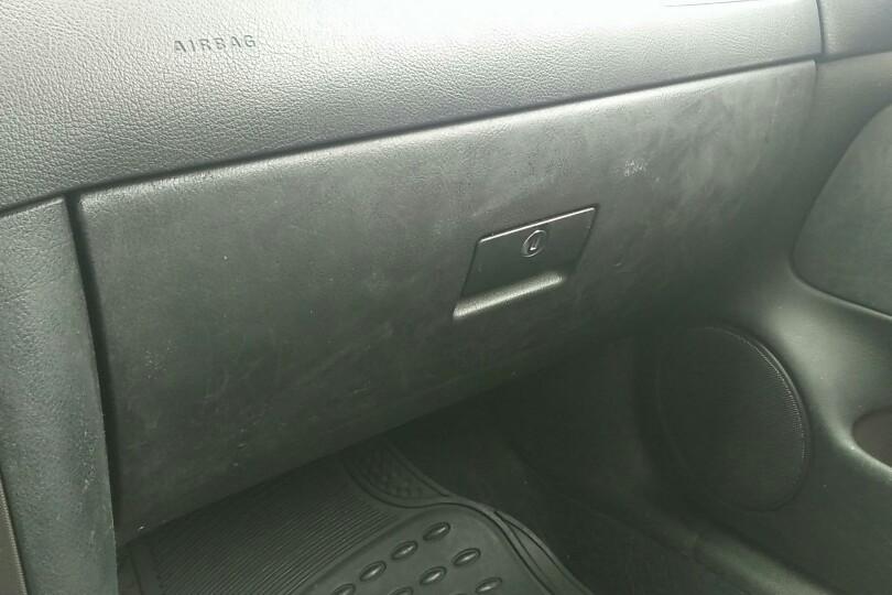 【北京】大众 宝来三厢 2003款 1.8 自动 舒适型( 灰色 )